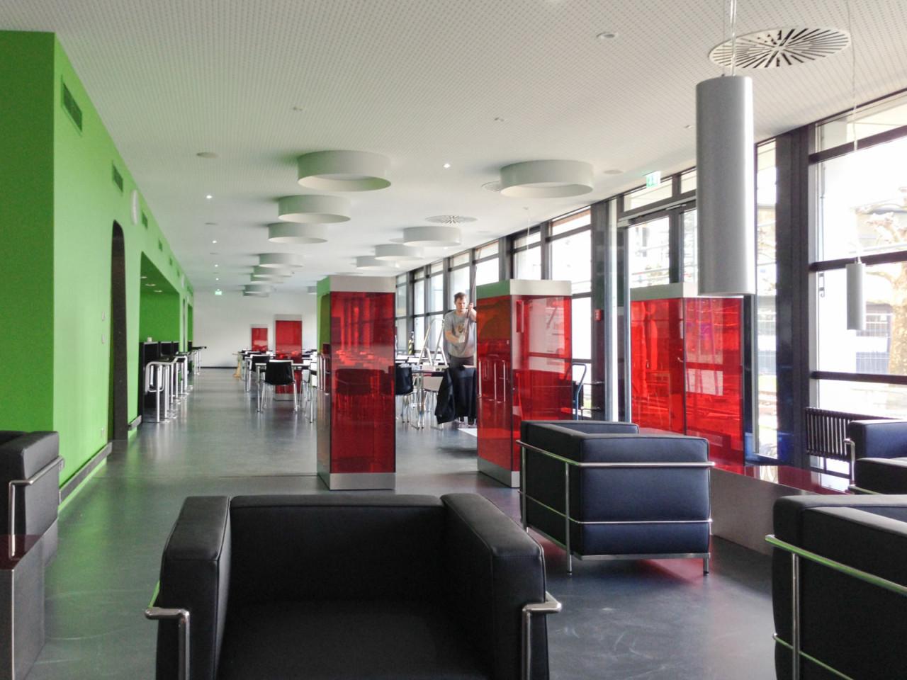 Hildebrand + Schwarz Architekten, Friedrichshafen Cafete, Mitarbeiter-Cafeteria im Klinikum ↗